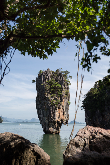 Phuket-Sea-kayak-cave james bond island