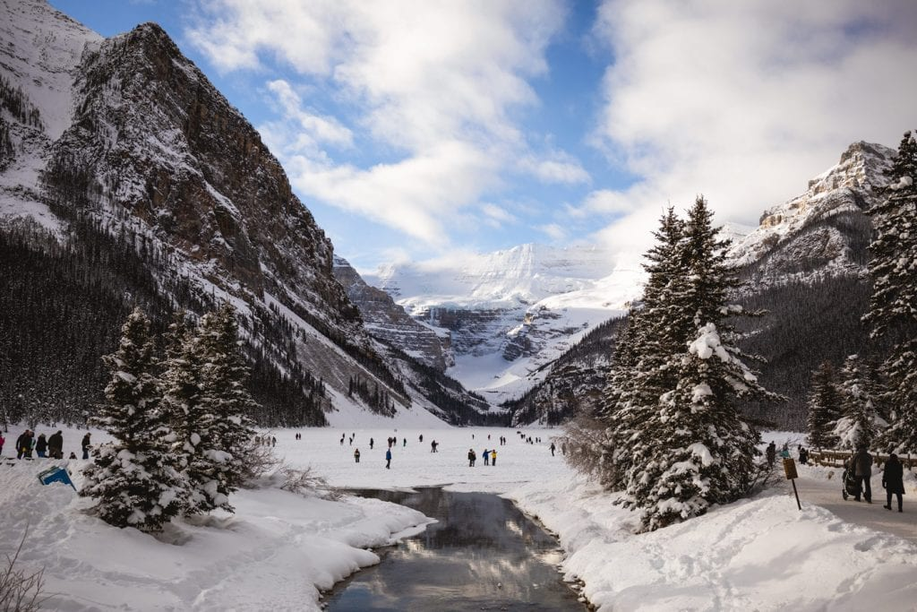 Winter at Lake Louise viewpoint